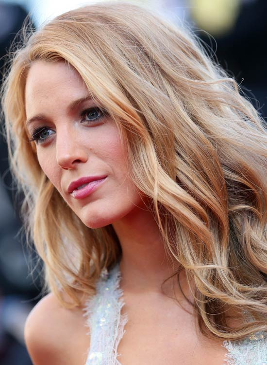 Blonde Subtly Tousled Waves