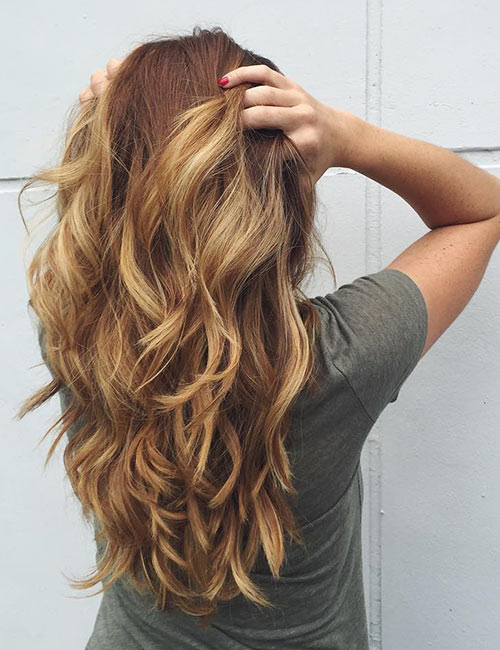 Golden Wavy Layers