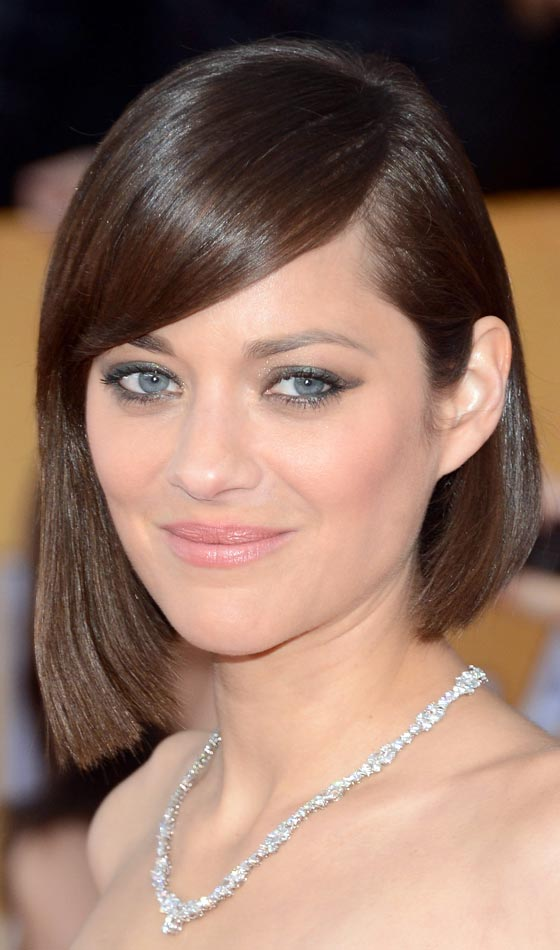 Mod-bob hairstyle for short hair