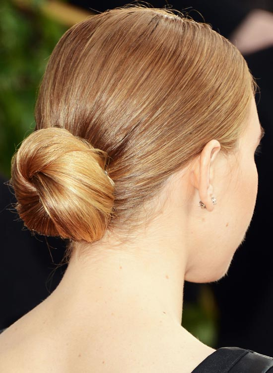 Regular Low Twisted Bun with Smooth Finish