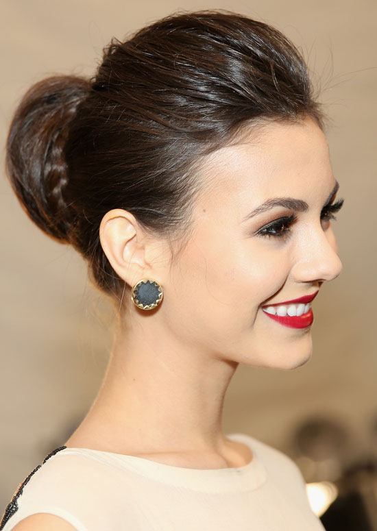 Silky Semi-High Bun with Puffy Top