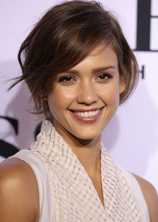 Wavy Bob with Side Fringe